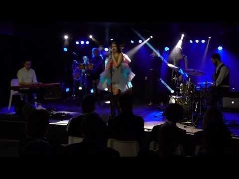 KUULA | Eesti laulja Carine Jessica avaldas laulu, mis viib mõtteis reisima