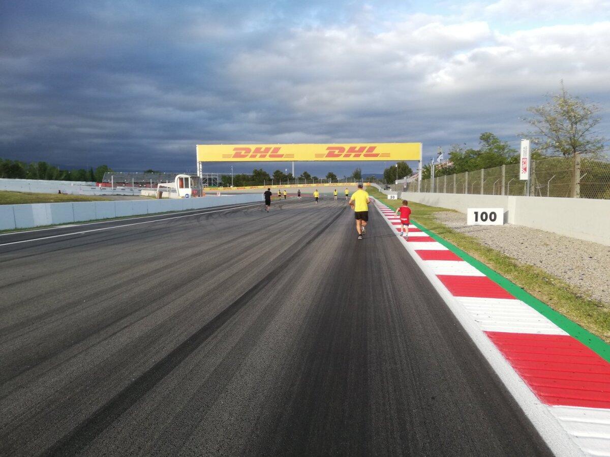 Hispaania GP nädalavahetusel oli kõigil soovijatel võimalus Barcelona ringrada ise läbi joosta. Ei saanud jätta võimalust kasutamata.