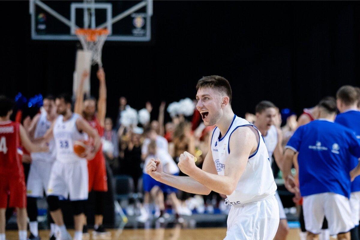 Mis just juhtus!? Eesti korvpallikoondis alistas noorte meestega koduväljakul Serbia. Pildil üks Eesti võtmemängijaid Kristian Kullamäe.