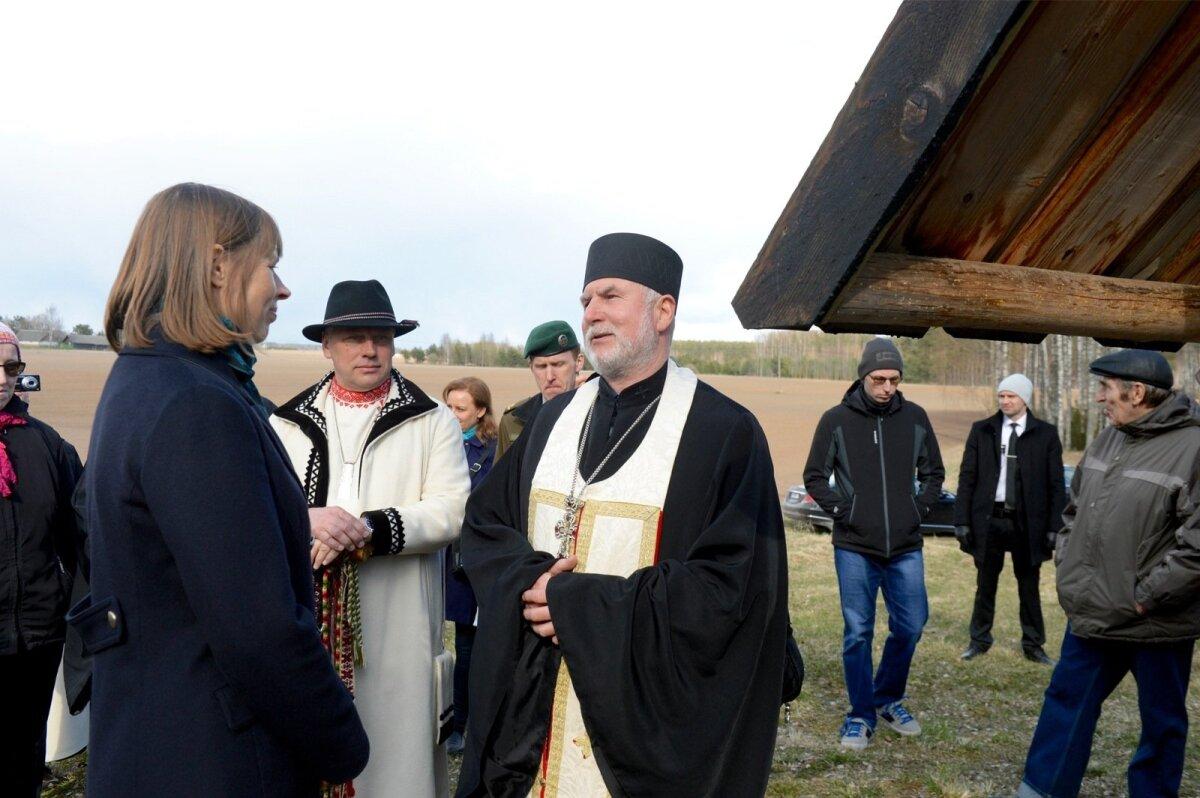 Isa Viktor hoiatab lahkelt ette, et president on ka palves sees, ärgu seda kuuldes kohkugu.