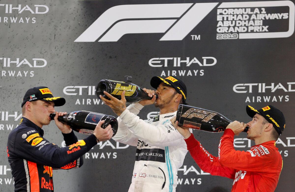 Tõenäoline stsenaarium: Lewis Hamiltonist saab järgmisel aastal Charles Leclerci tiimikaaslane, Max Verstappen liitub Mercedesega