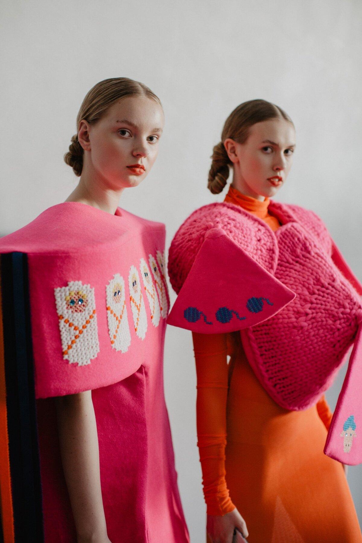 """Karin Kreegi eelmine kollektsioon """"KIPE"""" moefestivalil Estonian Fashion Festival."""
