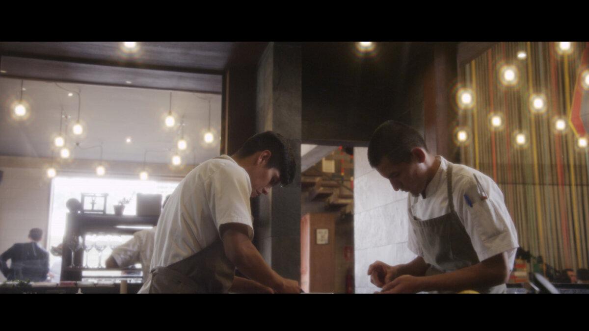 Taani kokk Claus Meyer püüab koos oma õpilastega avardada Boliivia köögi varal maitsemaailma piire.