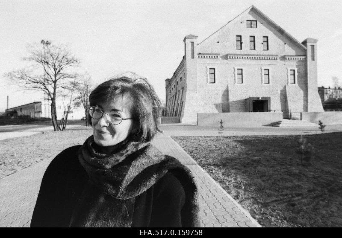 Директор музея архитектуры Катрин Халлас, 1995 год
