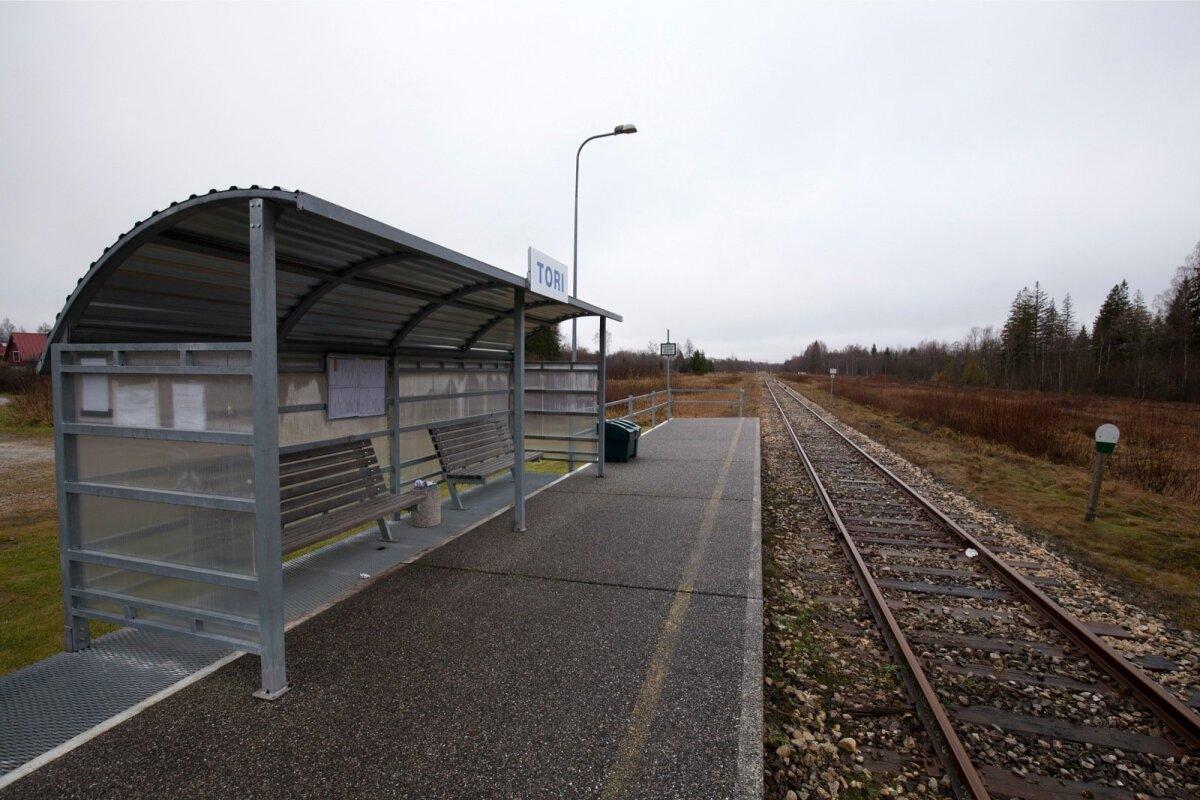 """Tori jaamas saab reisirongi, nn """"Partsi porgandit"""" näha viimast korda eeloleva laupäeva õhtul."""