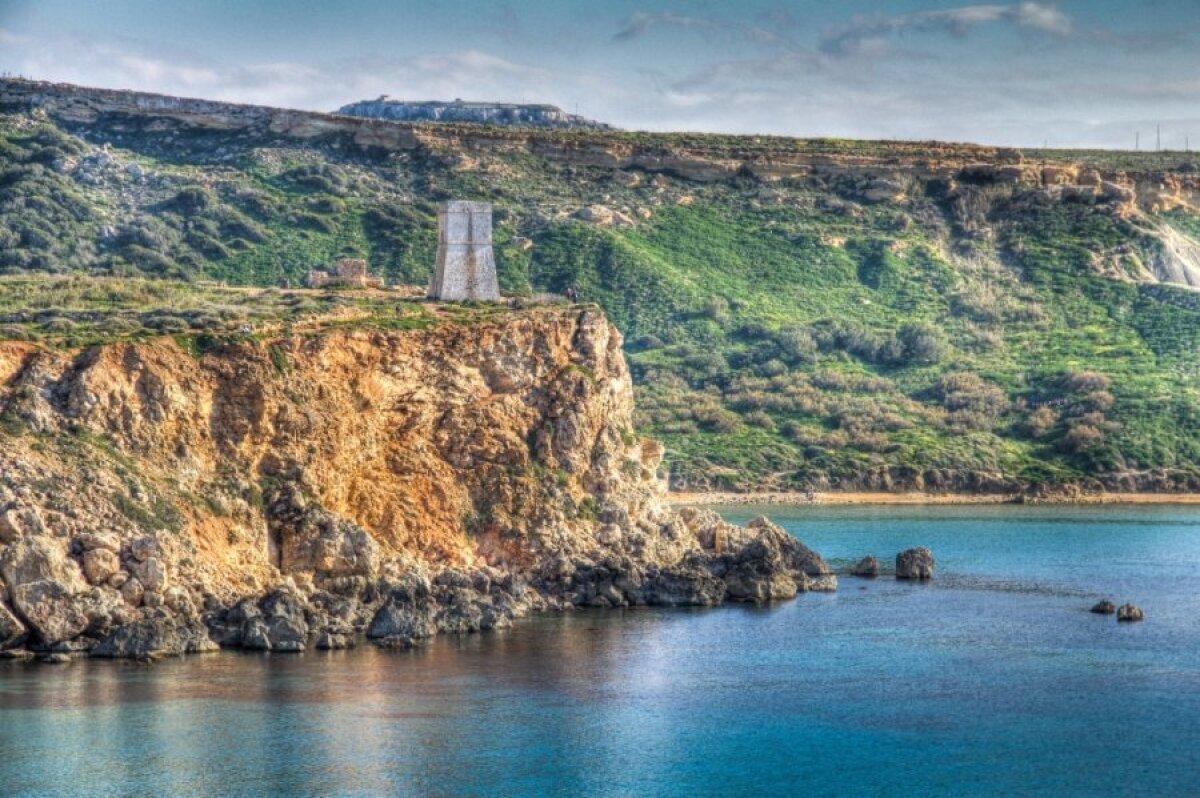 The Golden Bay ja Ghajn Tuffieha