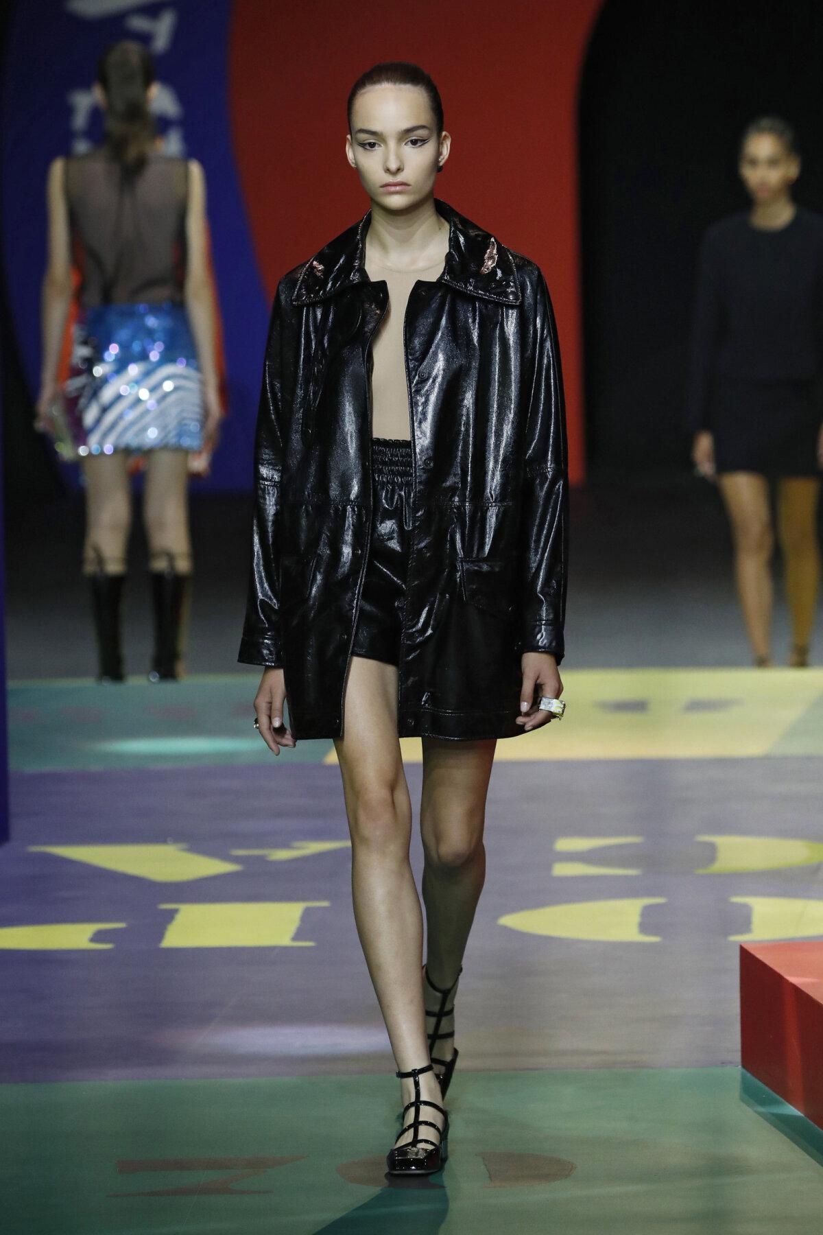 Christian Dior Collection Haute Couture fall 2021 Paris Fashion Week