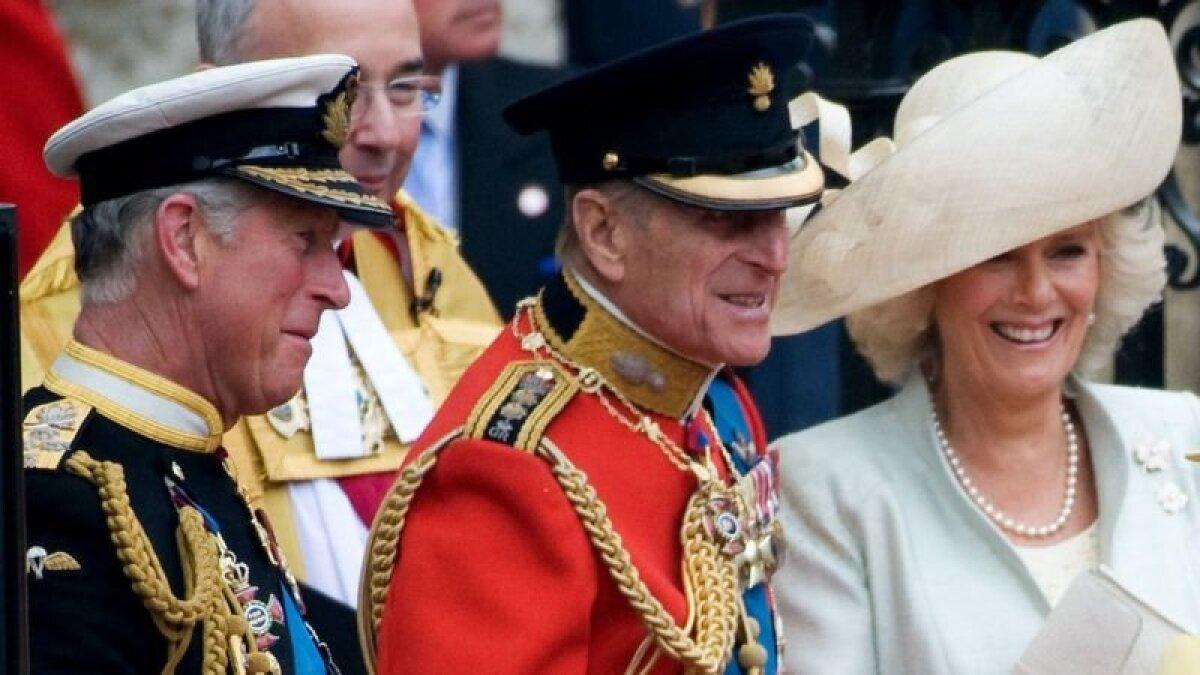 Герцог Эдинбургский и принц Уэльский в день свадьбы принца Уильяма в 2011 году