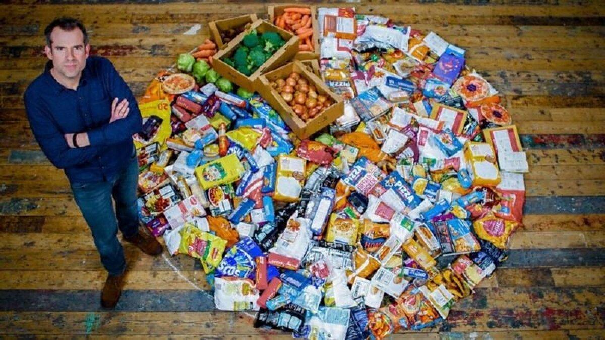 По словам ван Туллекена, для своего эксперимента он придерживался диеты, на 80% состоящей из сверхпереработанных продуктов - так питается примерно 20% британцев