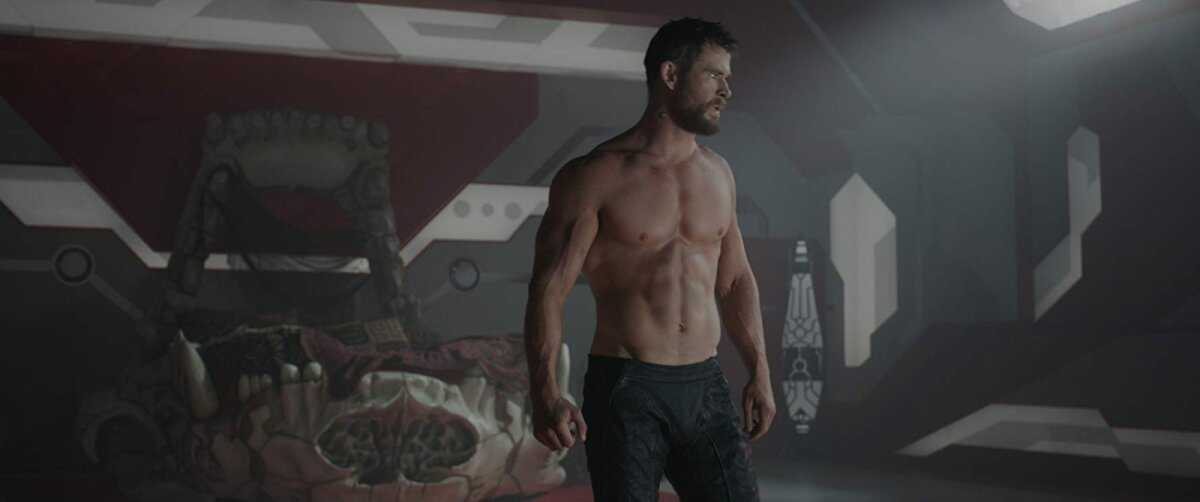 """Chris Hemsworth filmis """"Thor: Ragnarök"""""""