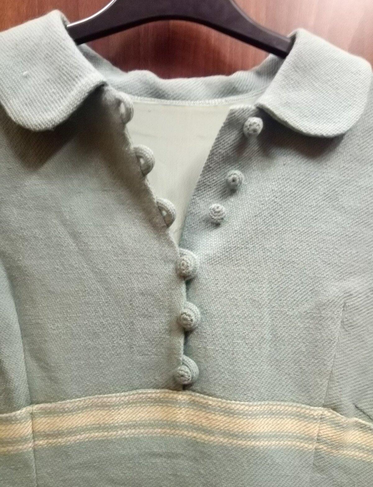 Kui kleidile on tarvis sobilikku nööpi, aga ei leia, tuleb see ise teha. Valige sobiva kuju ning suurusega nööp ja heegeldage üle.