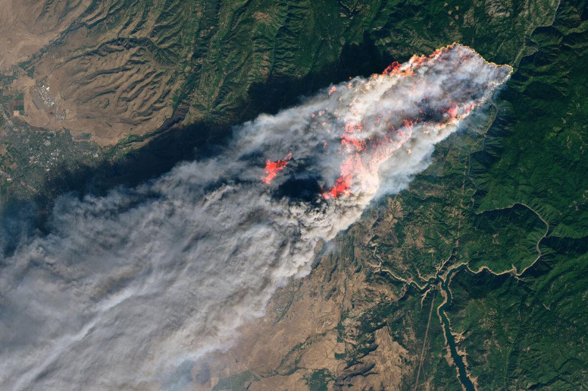 Camp Fire tulekahju Californias