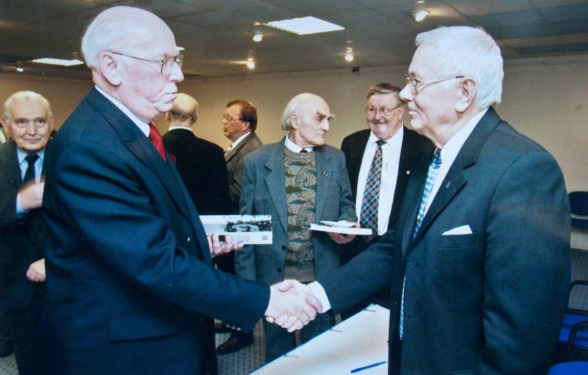 """President Lennart Meri Raul Kuutma raamatu """"Kolmas tee"""" esitlusel"""
