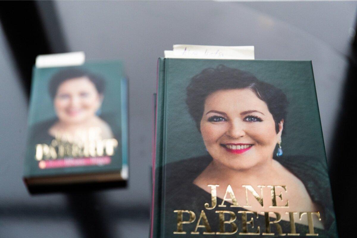 Jane Paberit raamatuesitlus #ükskilihaseiliigu