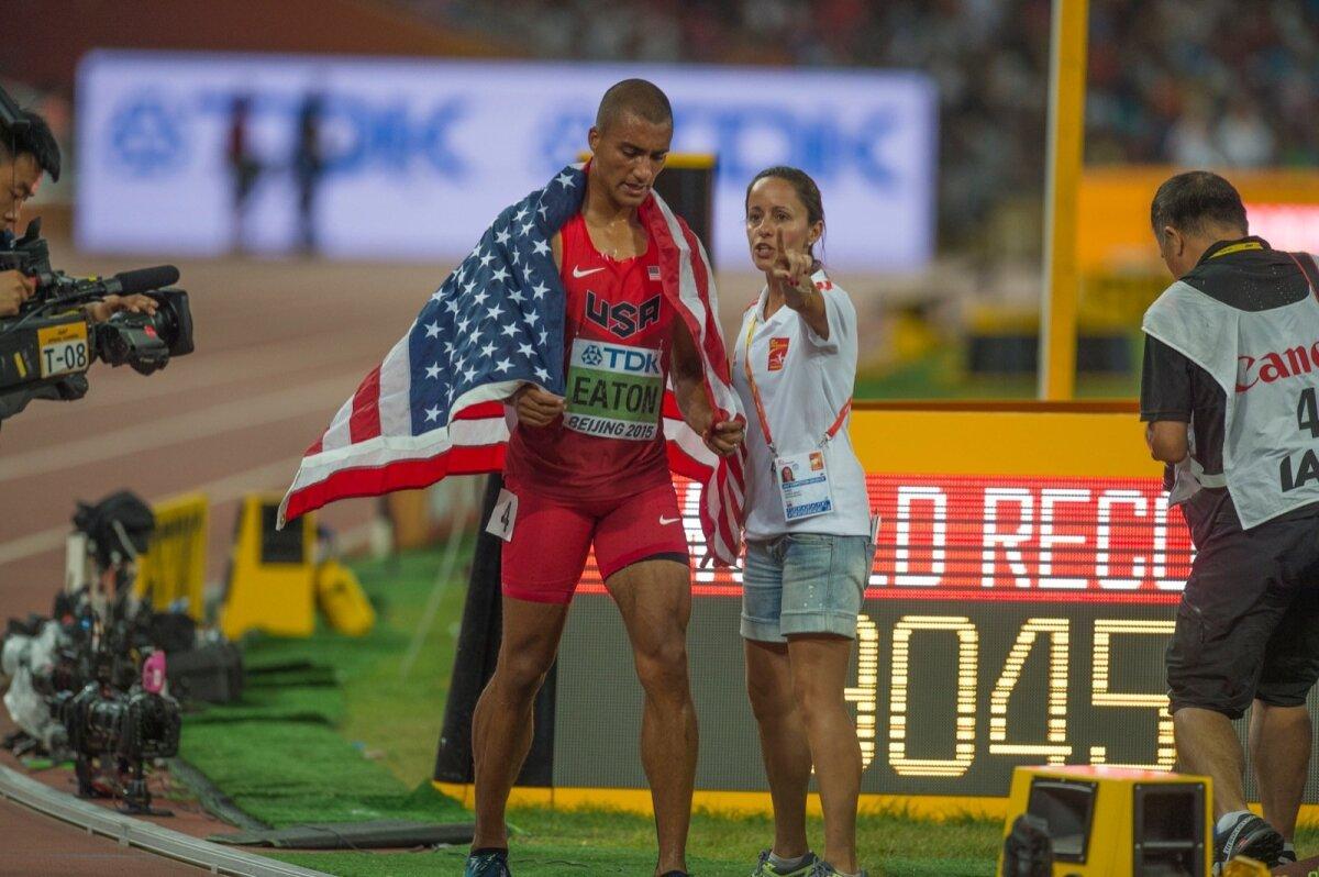 Ashton Eaton püstitas Pekingi MMil maailmarekordi 9045 punkti.