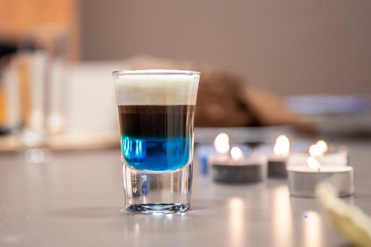 Joo naps kohe pärast valmistamist ära. Liiga pika seismise järel võivad kihid hakata segunema.