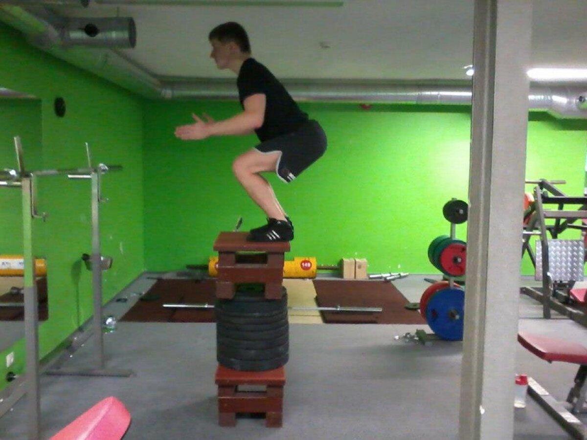 Kastilehüppe treeningud vajavad lisaks füüsisele ka head keskendumist ja eneseusku - kui hakkad kahtlema, oled varvastega servataga ning peaga teisel pool põrandal (november 2012).