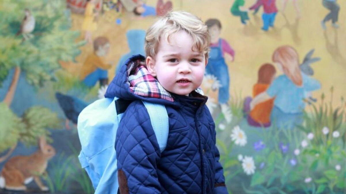 Принц Джордж в свой первый день детского сада в январе 2016 года