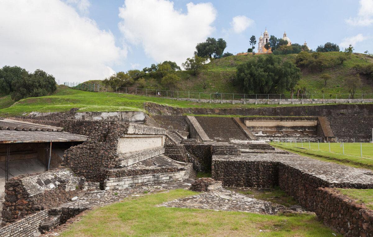 Cholula suur püramiid (foto: Wikimedia Commons / Diego Delso)