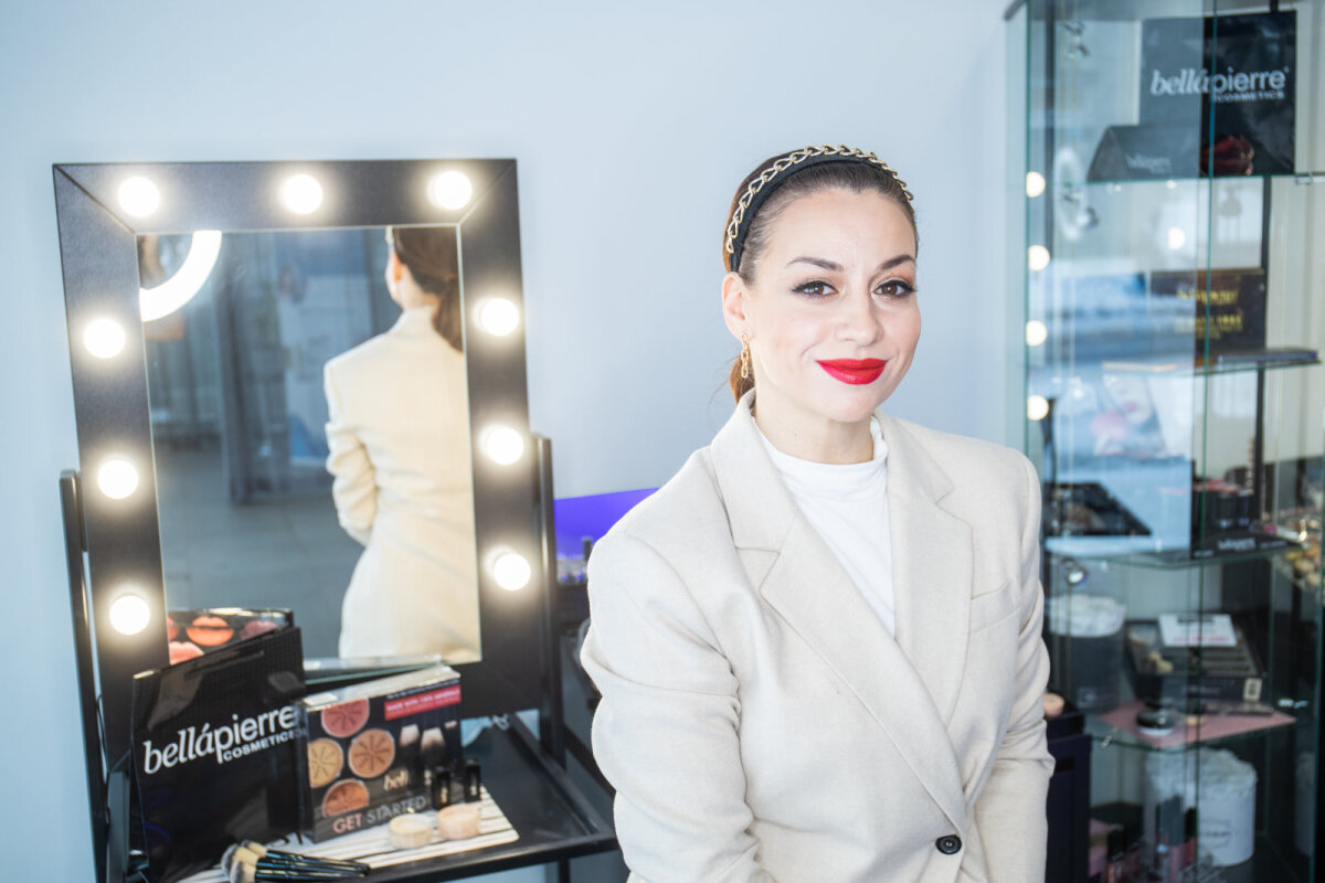 Модель: Оксана Свиридова-Эрради, представитель брендов Nanoasia и Bellapierre в Эстонии