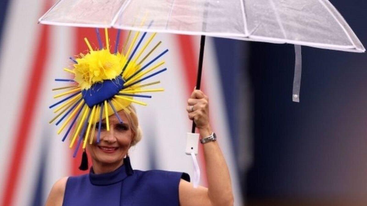 Шляпка в цветах Украины. Или Швеции