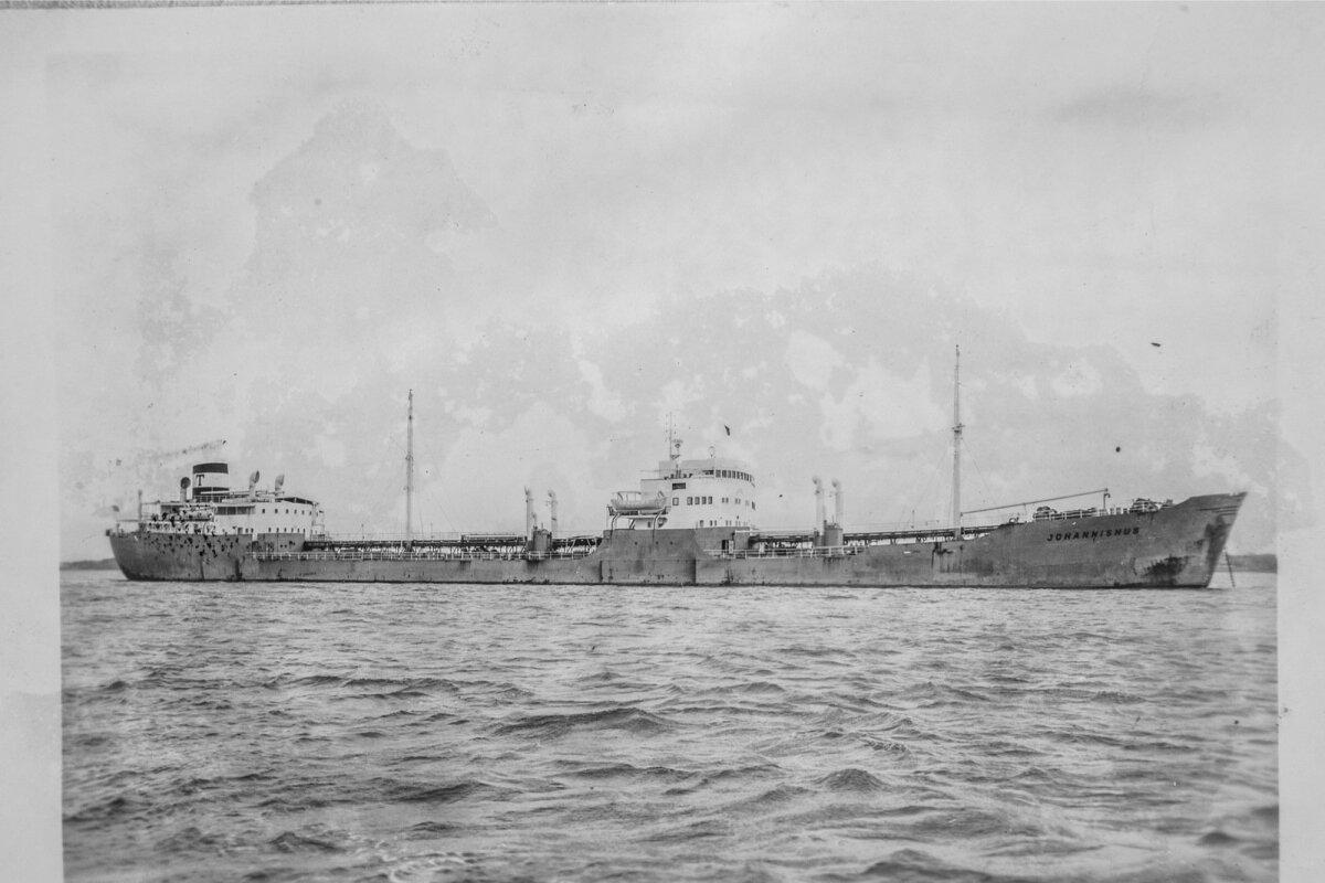 Oskar Meri viimane laev Johannishus.