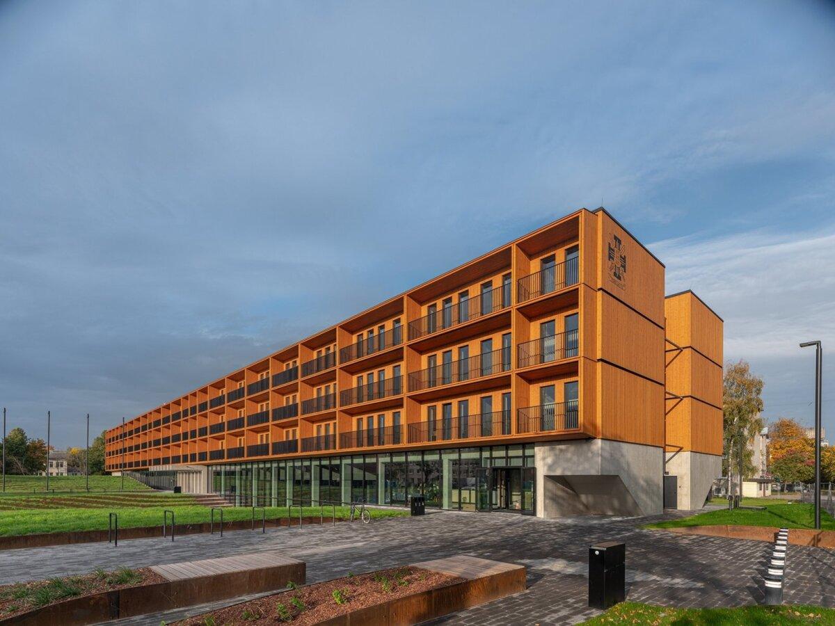 Tartu Ülikooli Narva kolledži õppe- ja majutushoone