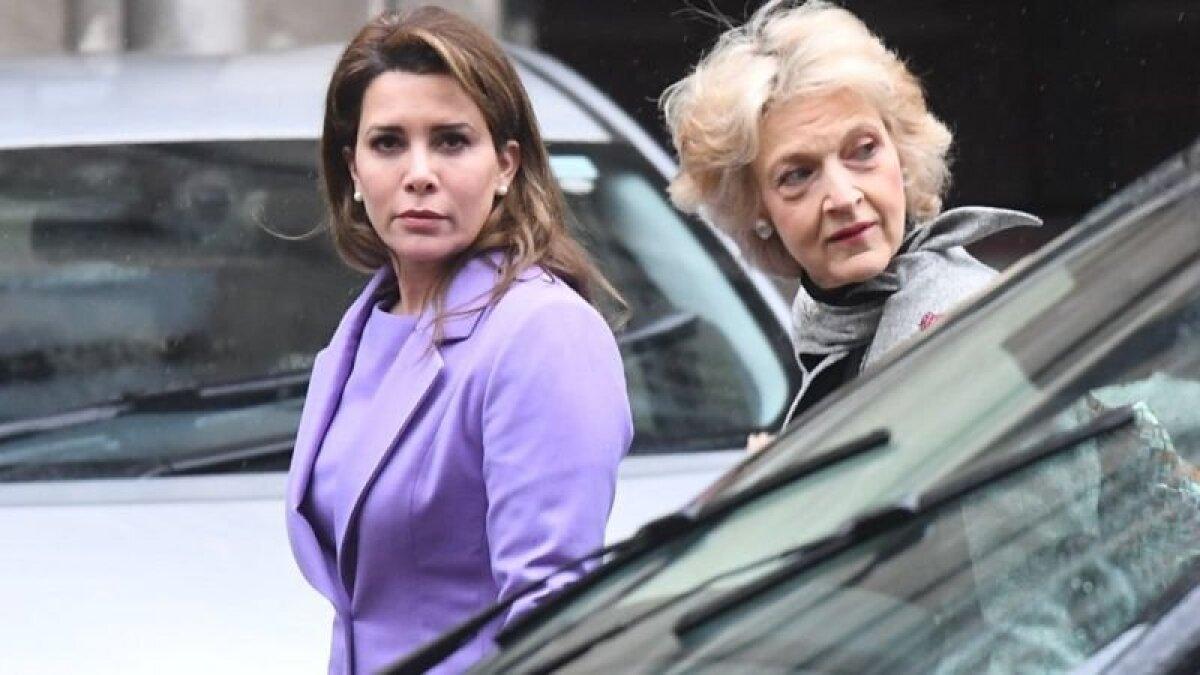Принцесса Хайя (слева) со своим адвокатом баронессой Фионой Шеклтон в Высоком суде в феврале 2020 года