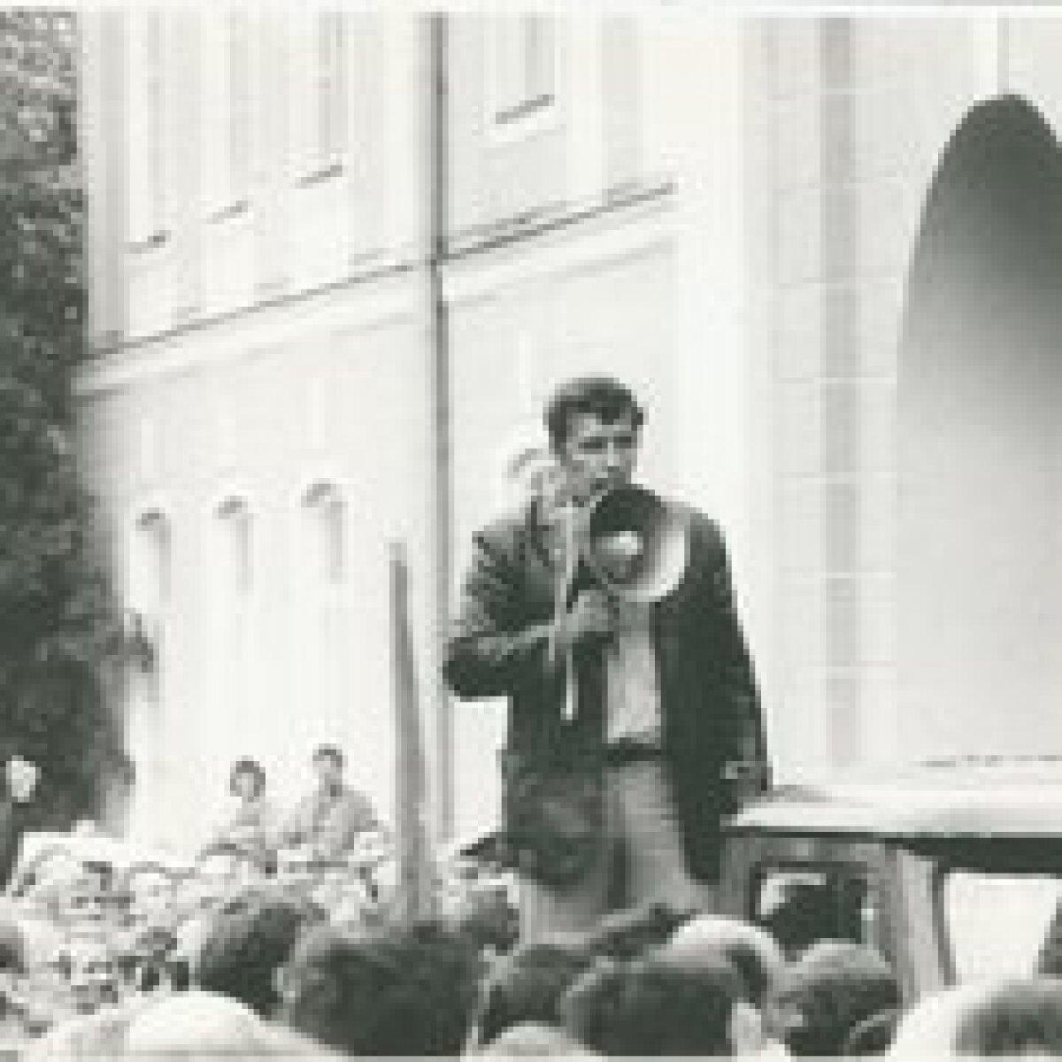 Lõssenko Toompeal, 19.05.1990 Foto: E.Tikerpuu, ETA/EE Arhiiv