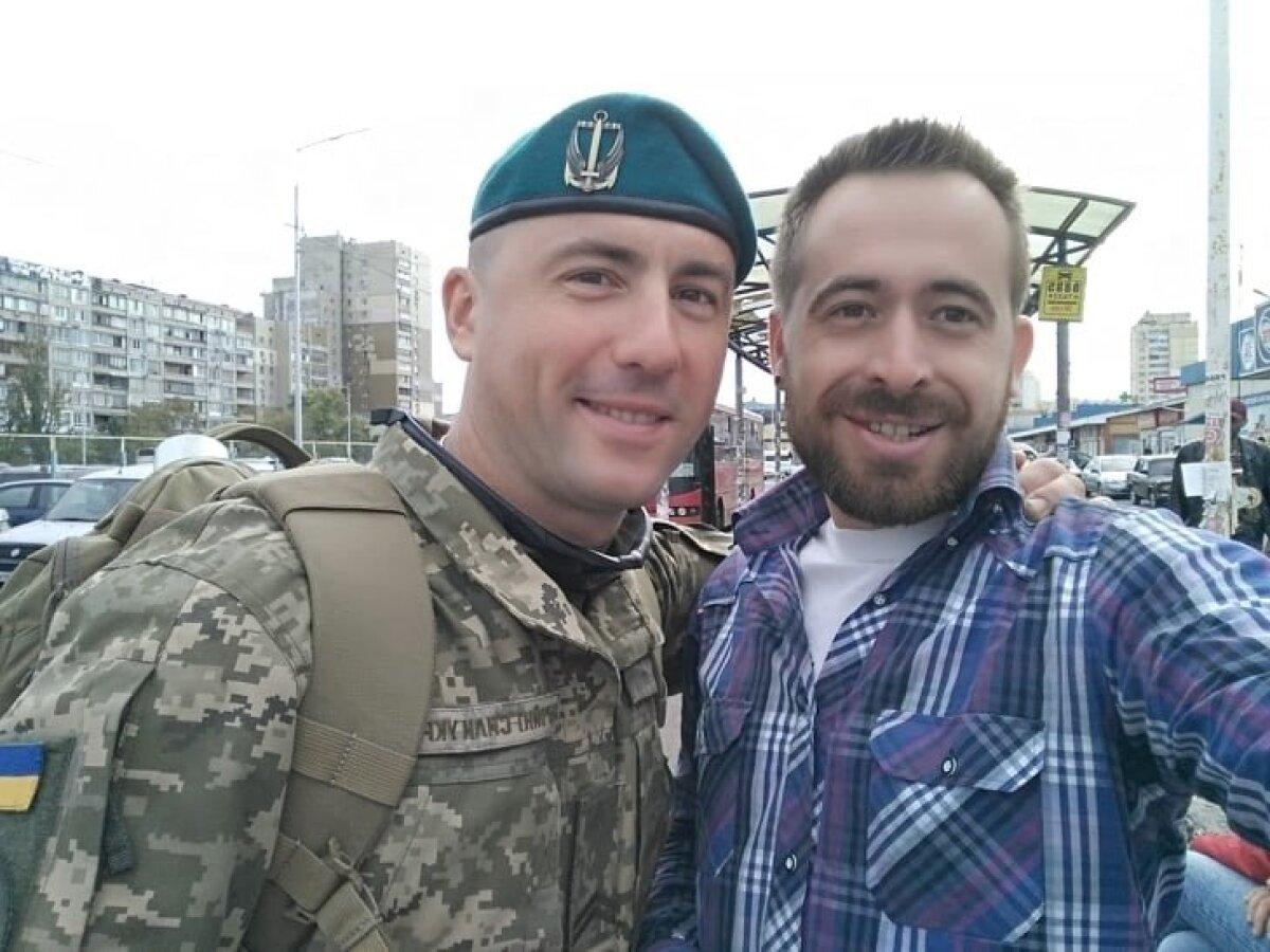 Лучшие друзья — Николай (слева) и Максим