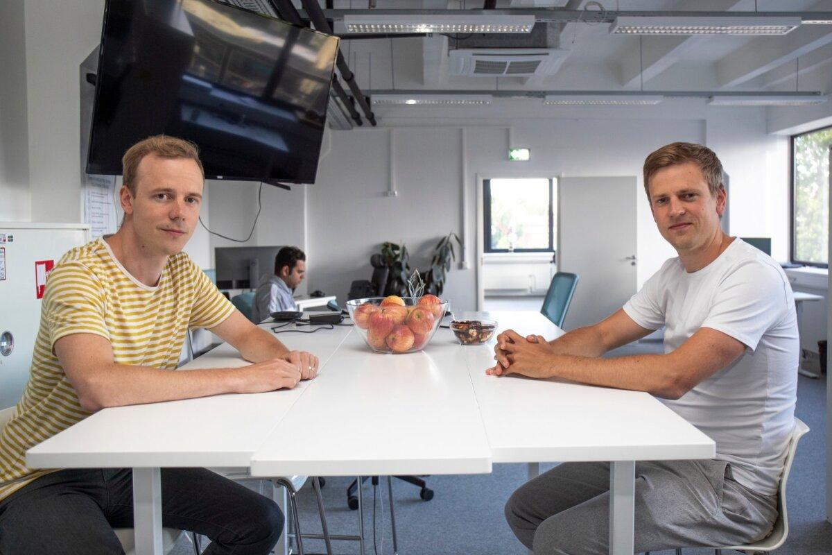 Kaspar ja Kristjan Korjus Pactumi kontoris