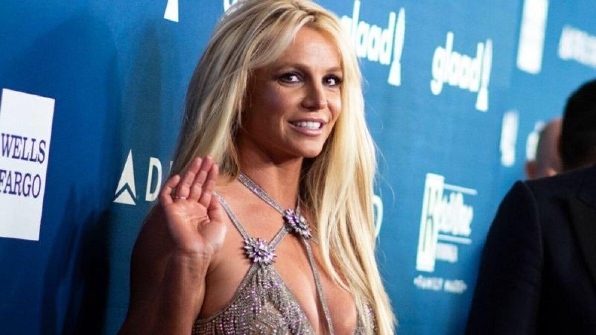 Бритни Спирс утверждает, что ее заставляли выступать против ее собственной воли