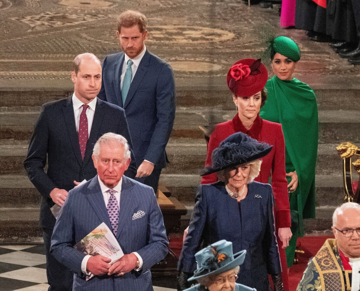 MÕRANENUD PEREKOND Prints Harry paljastas, et ta ei suhtle enam oma isa Charlesiga. Meghan väidab, et Kate ajas teda mõned päevad enne pulmi nutma.