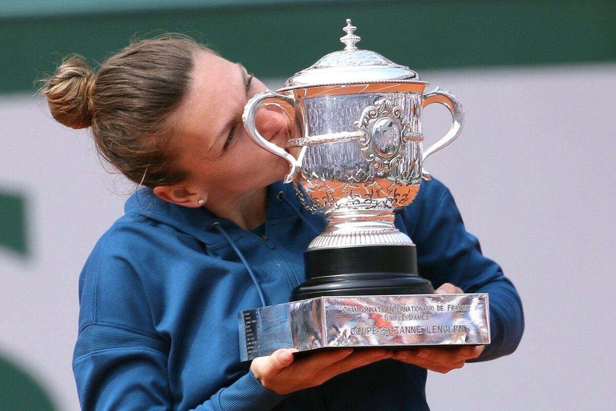 Simona Halep 2018. aasta Roland Garrosi tiitliga.