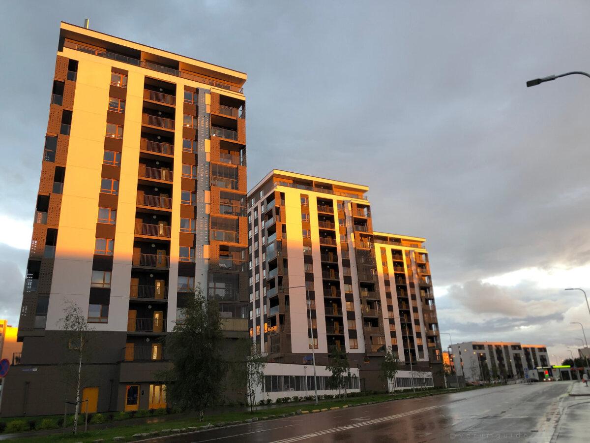 """""""Так я вижу будущее Всего Lasnamäe! Мне приятно видеть подобную современную архитектуру жилых домов, вместо серых и казалось бы бесчувственных домов в районе Lasnamäe. Мне нравится дом в котором я живу и хотелось бы видеть больше подобных решений в дизайне! :)"""""""