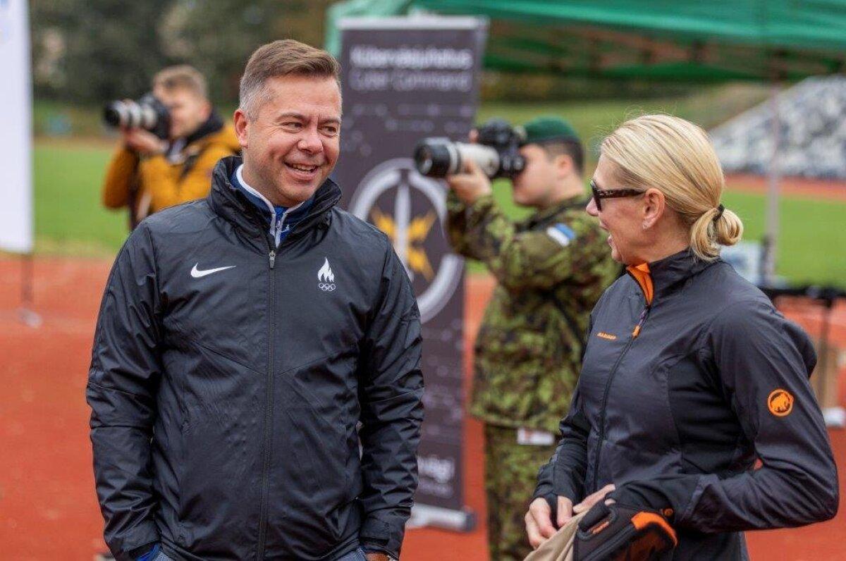 Peeter Lusmägi ja Olümpiavõitja Kristina-Šmiguniga NATO-testil