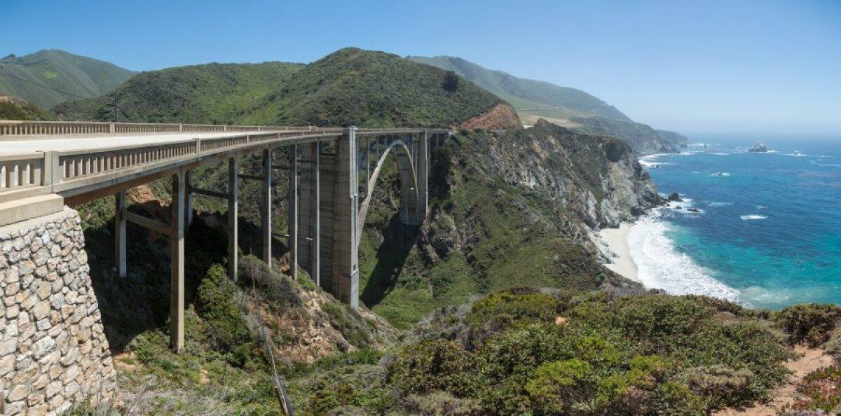 California üks enimpildistatud kohtadest - Bixby sild.