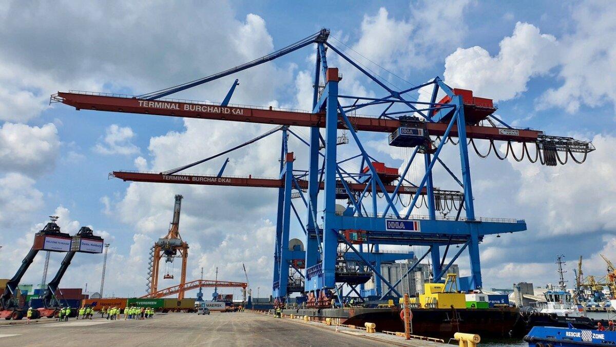 HHLA TK Estonia konteinerikraanad