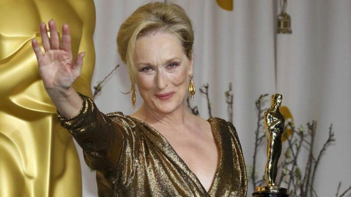 """Одежду Эльбаза любили многие голливудские знаменитости. На этом фото Меррил Стрип в его платье во время церемонии вручения """"Оскаров"""" в 2012 году"""