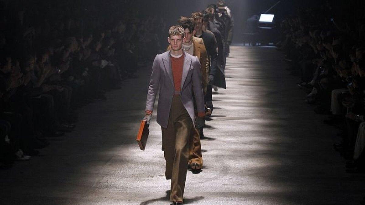 Эльбаз создавал одежду не только для женщин. Это его мужская коллекция для Lanvin. Январь 2012 года.