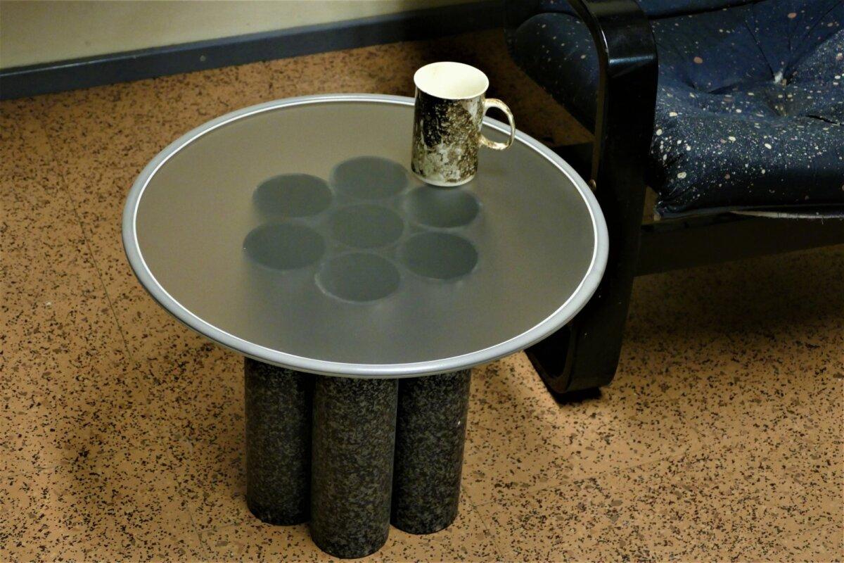 Papptorudest saab ka omanäolised lauajalad.