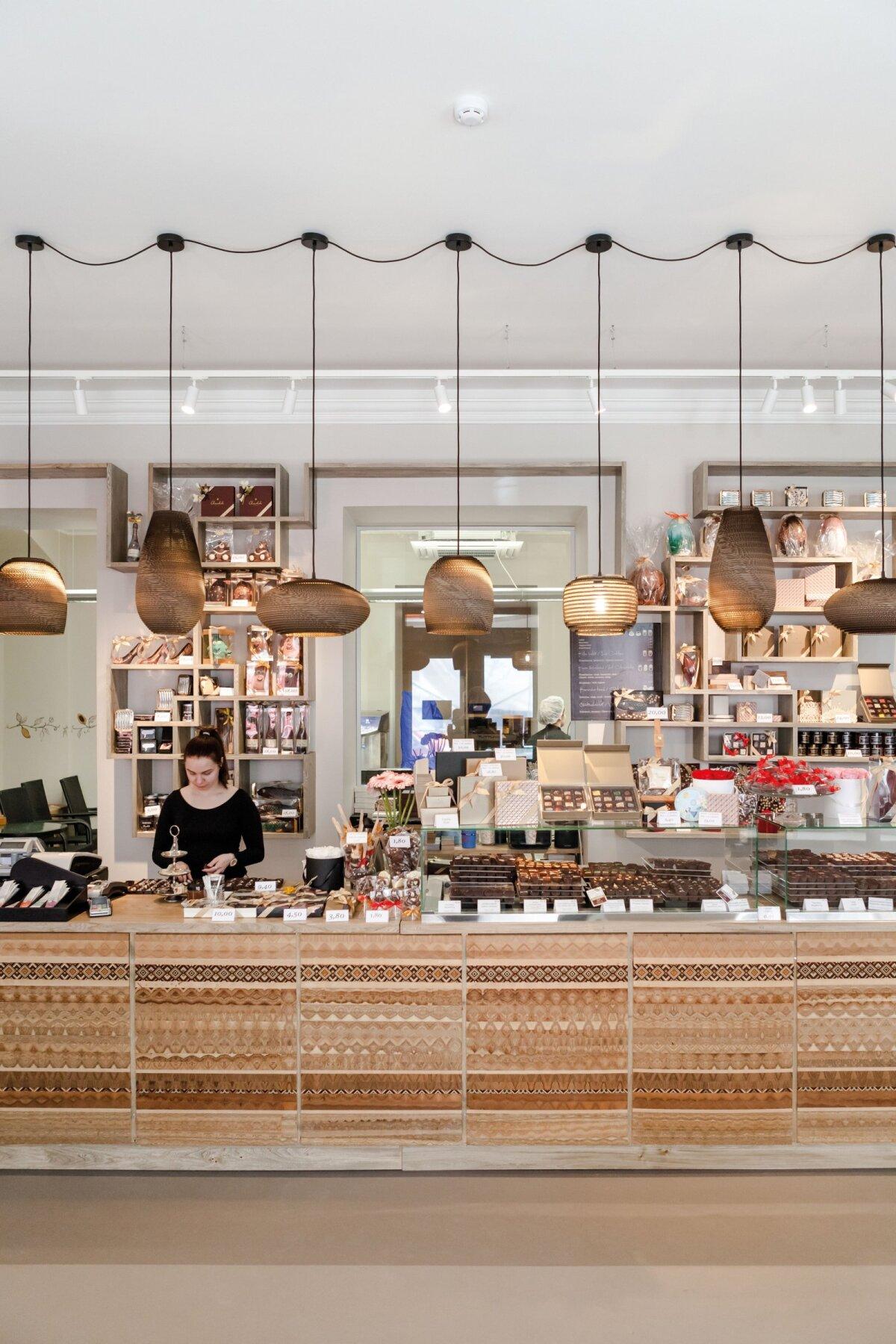 Chocolala pood Tallinna vanalinnas on USA reisiportaali Fodors poolt valitud maailma paremuselt neljandaks šokolaadipoeks.