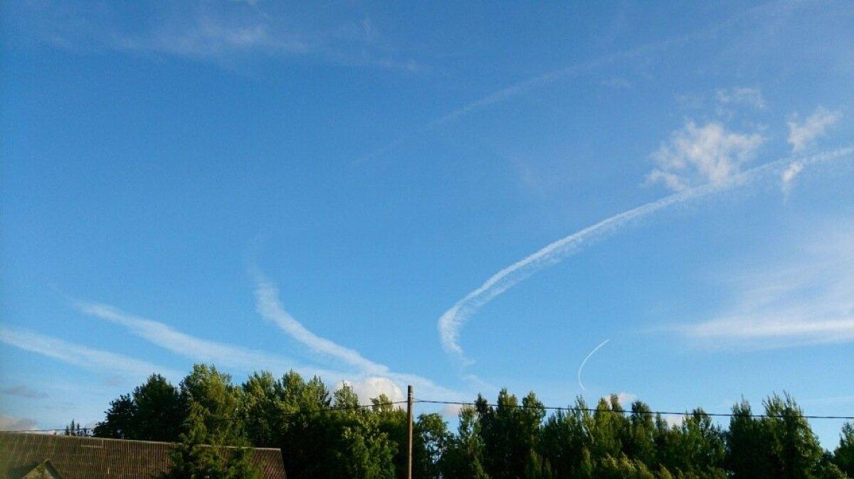 Liitlaste lennuk tiirutab Eesti kohal