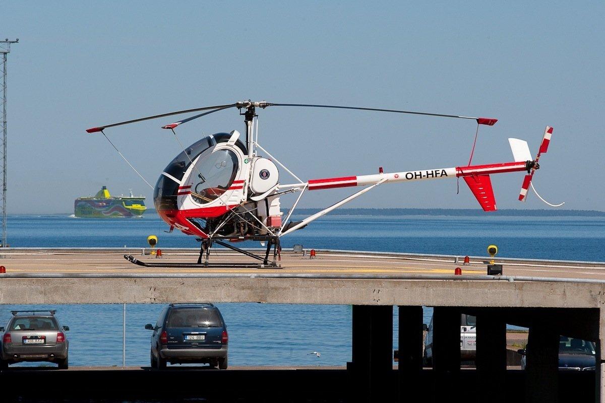 Helikopter Linnahalli maandumisplatsil