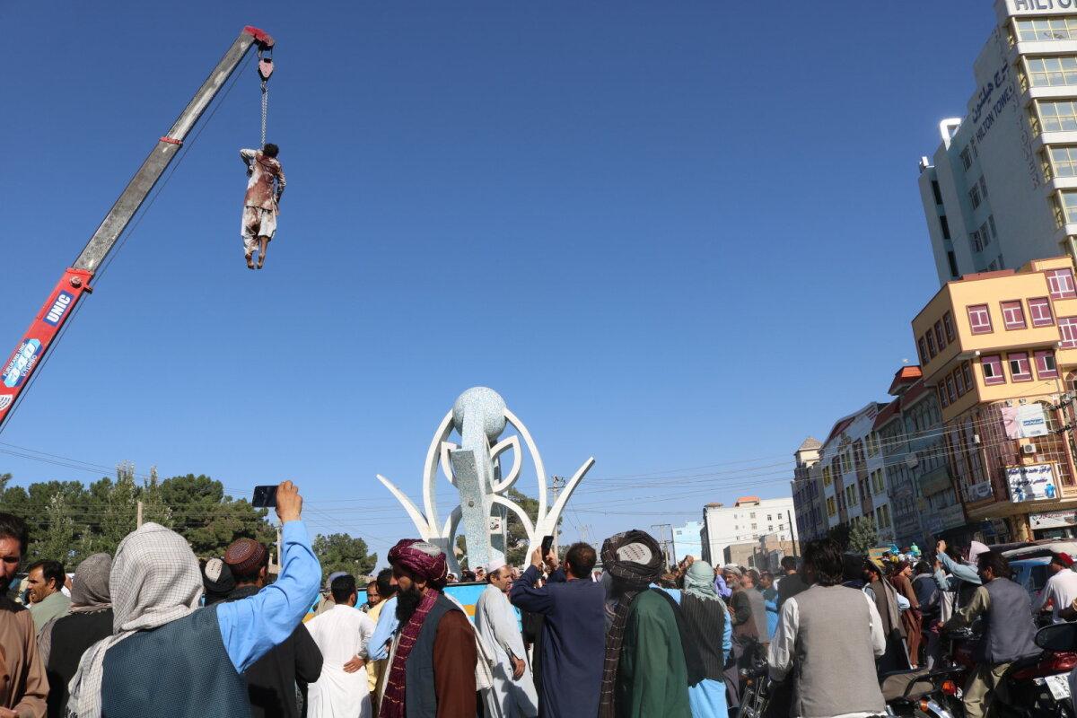 Väidetava kurjategija laip eile Heratis.