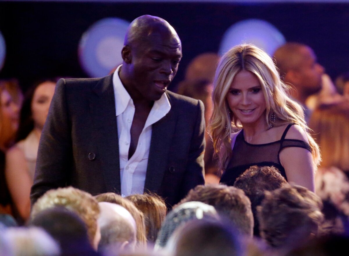 Singer Seal and model Heidi Klum speak to a member of the audience during a commercial break at the 2016 Billboard Awards in Las Vegas