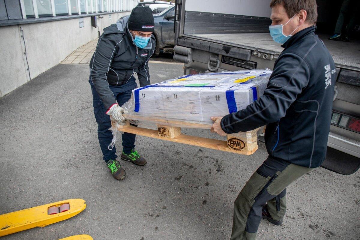 Eile saabus Eestisse järjekordne saadetis AstraZeneca vaktsiini. Nakatumisnäitaja allatoomiseks pole sellest siiski suuremat abi.