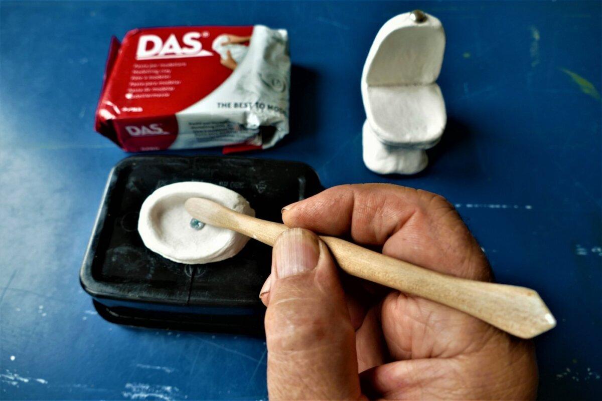 Polümeersavist esemed ei vaja kuumutamist, need kuivavad kõvaks ja veekindlaks õhu käes.