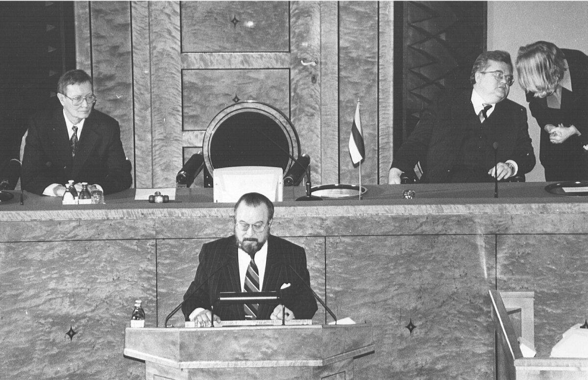 Tunne Kelam, Ülo Nugis, Edgar Savisaar uues Riigikogus 1992