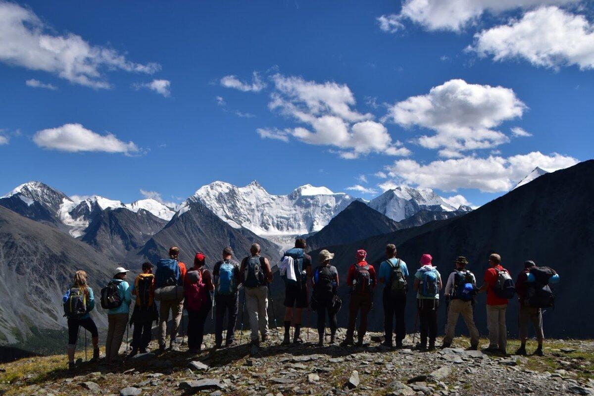 Reisigrupp Altais Beluhat imetlemas